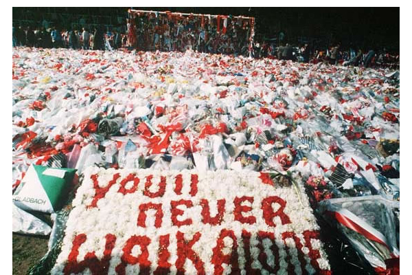 Liverpool-fans-remember-Hillsborough-disaster